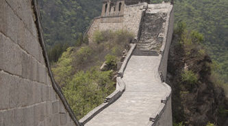 eijing_Great_Wall_2012_by_Michael_Connors-12_0-333x336