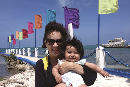 in_The_family_enjoy_beach_time_on_San_Andres