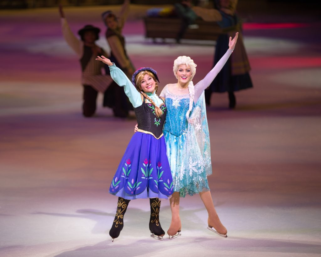 Anna and Elsa 安娜和艾莎