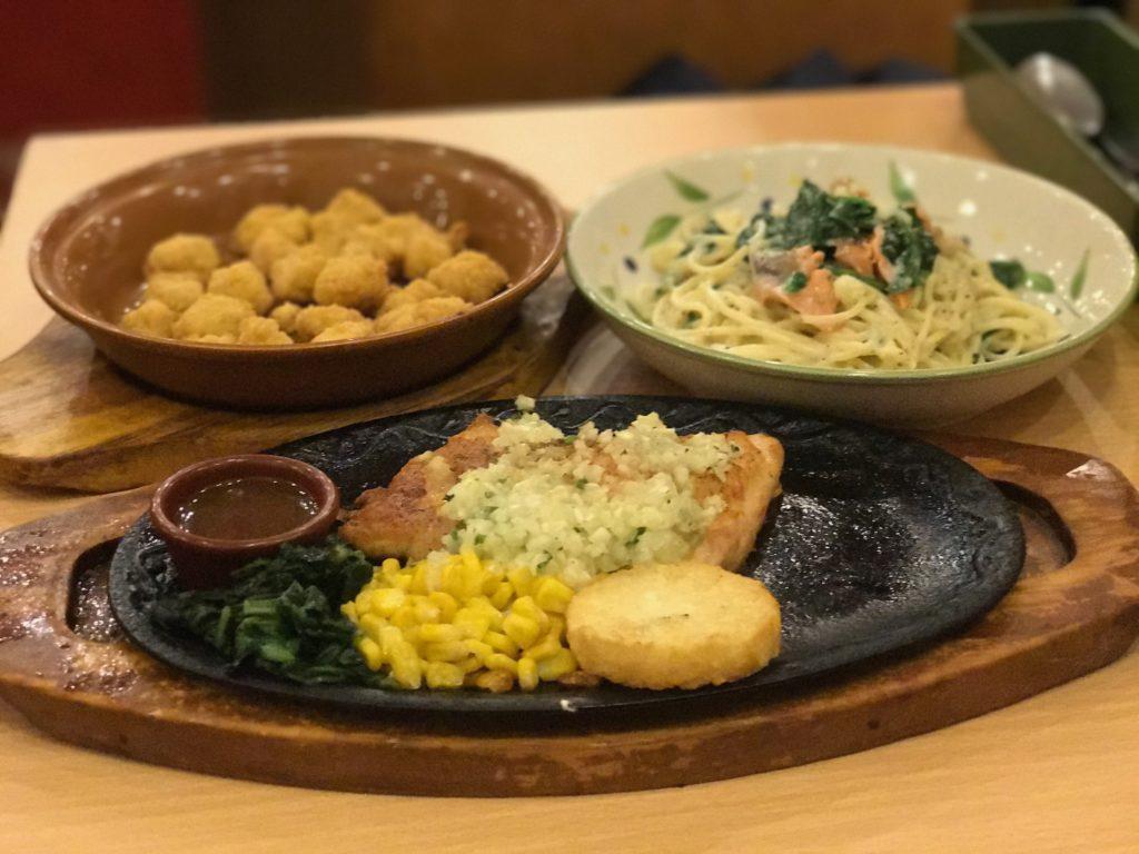 Saizeriya gourmet-style meals