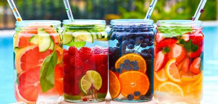 5 Insta-Ready Detox Drinks You Can Make At Home