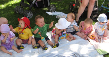 baby play group